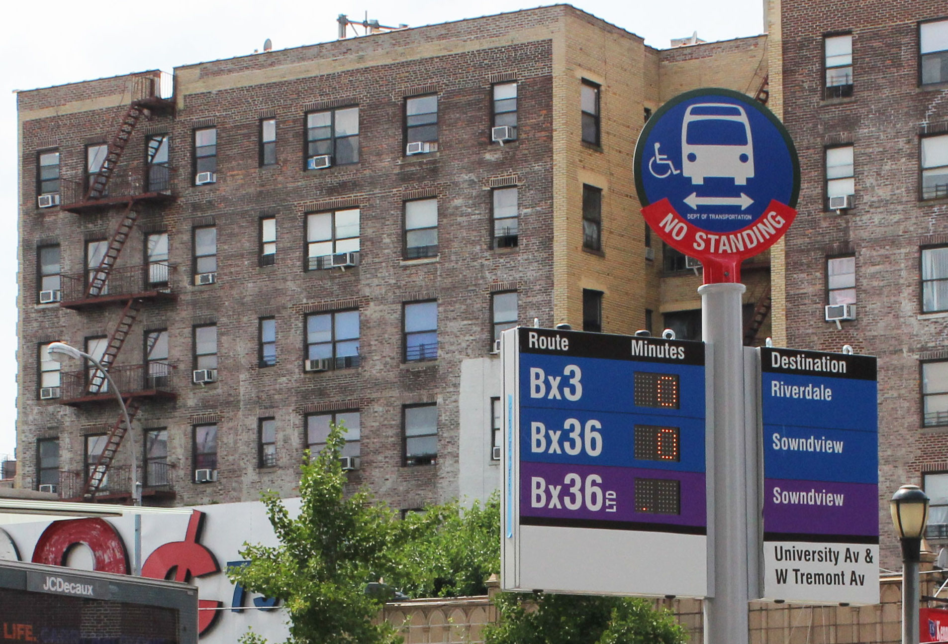 Bus Countdown Clocks Come to the Bronx